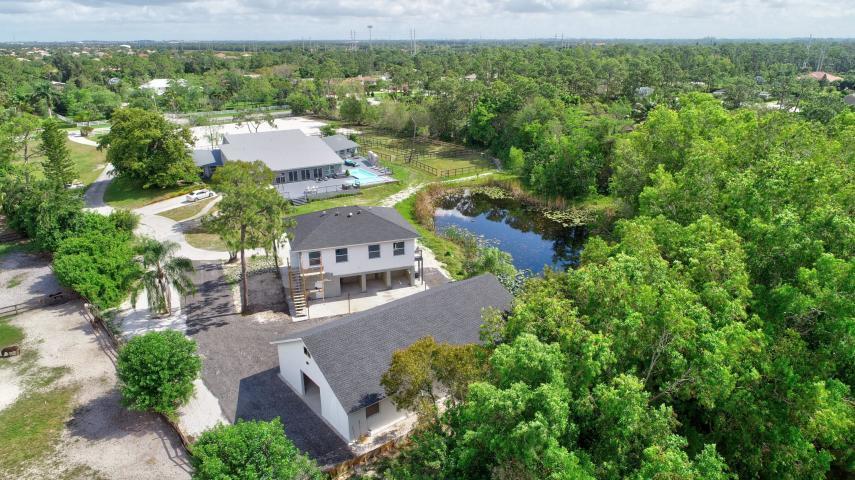 Wellington, Florida 33449, 4 Bedrooms Bedrooms, ,2 BathroomsBathrooms,Rental,For Rent,Hawk Holw,RX-10564481