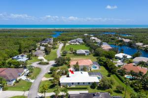 8240 SE Pilots Cove Terrace, Hobe Sound, FL 33455