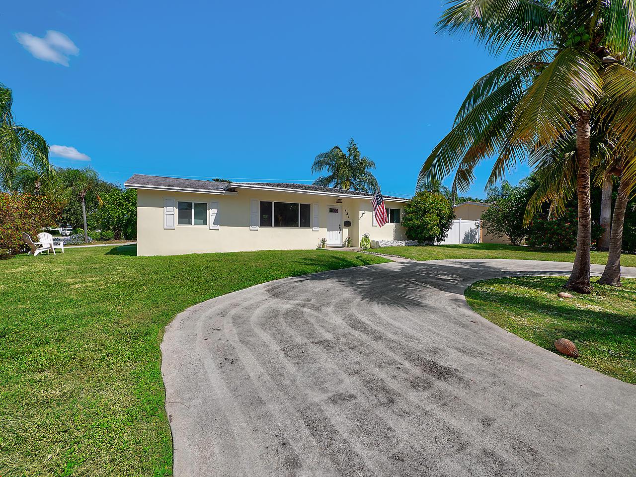 Photo of 437 Driftwood Road, North Palm Beach, FL 33408