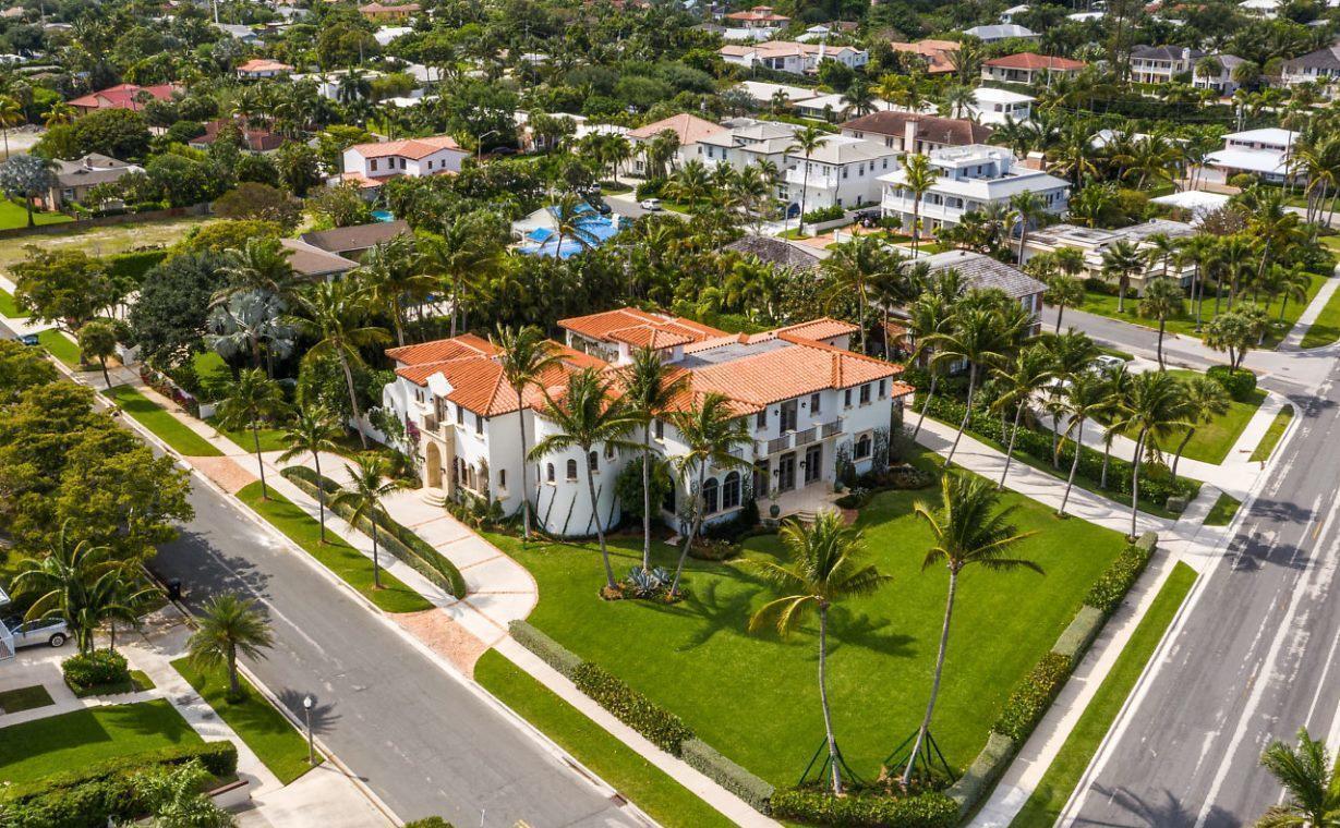 6215 S Flagler Drive West Palm Beach, FL 33405