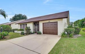 6310 Lakemont Circle, Greenacres, FL 33463