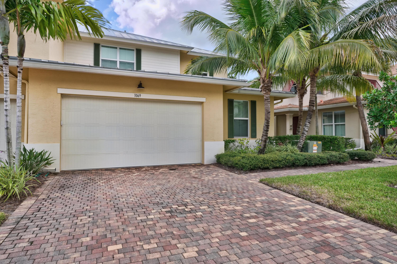 Photo of 1069 Piccadilly Street, Palm Beach Gardens, FL 33418
