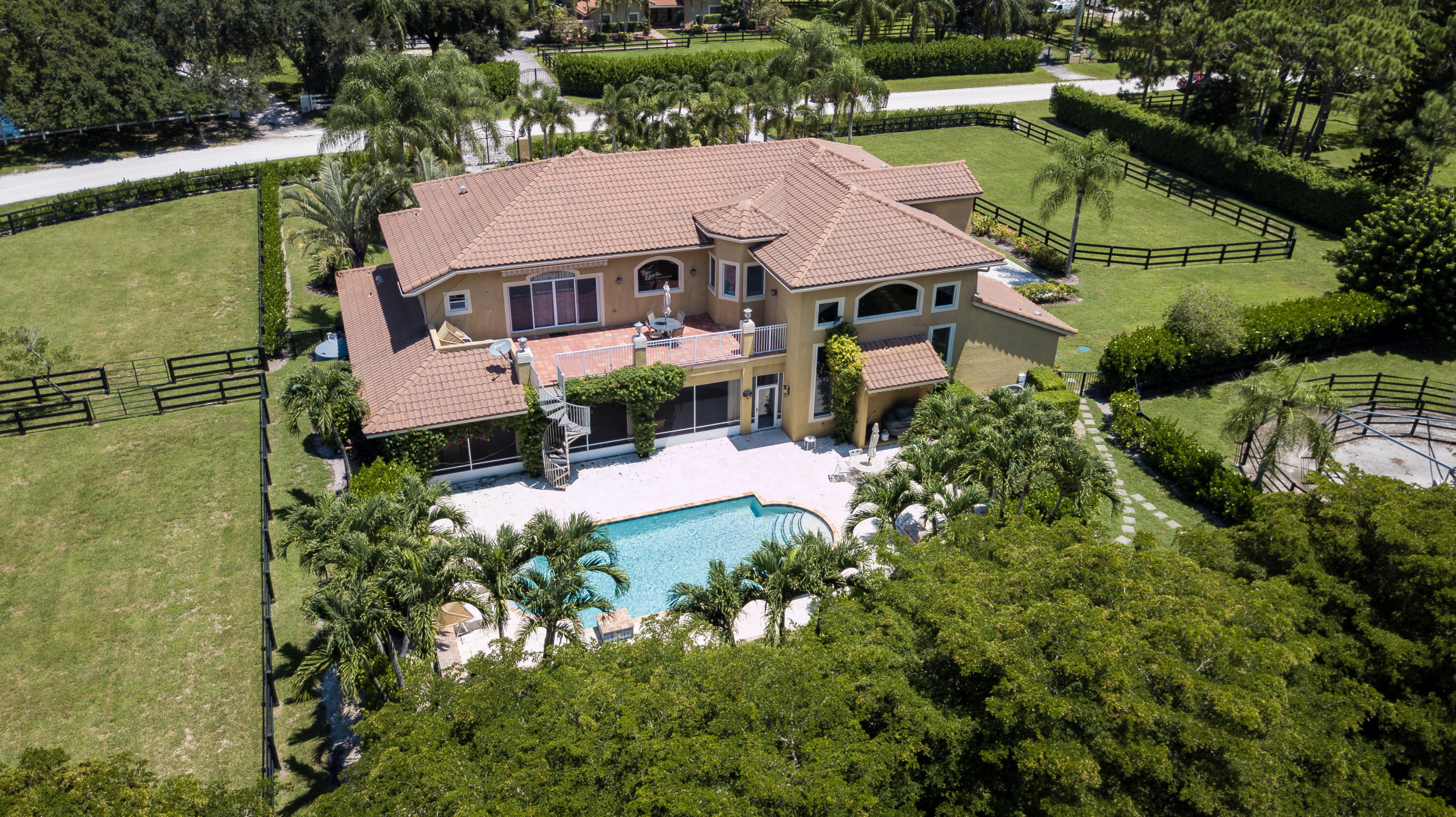Wellington, Florida 33414, 6 Bedrooms Bedrooms, ,4 BathroomsBathrooms,Rental,For Rent,Rolling Rock,RX-10565826