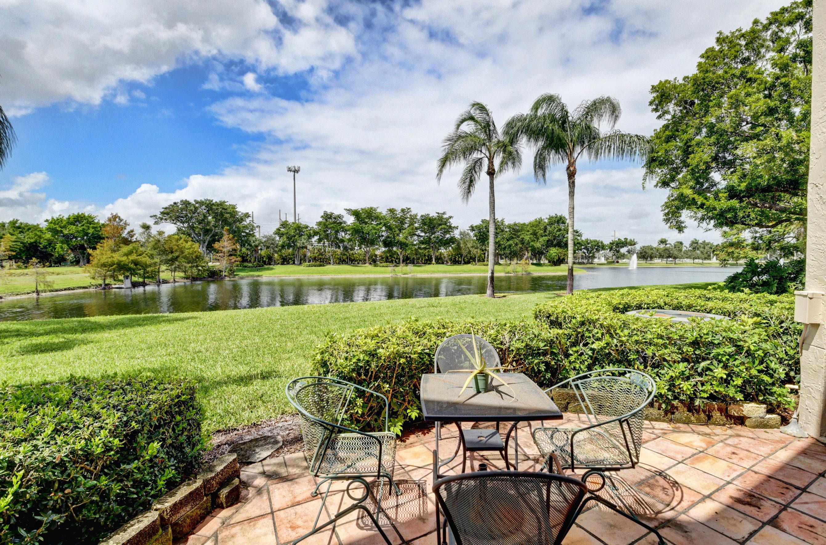 6654 Villa Sonrisa Drive #414 Boca Raton, FL 33433