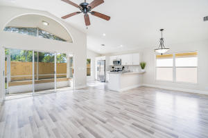 FULLY UPDATED! 3|2|2 - 1021 FAIRFAX CIRCLE W. Boynton Beach, FL 33436 Kitchen View from foyer