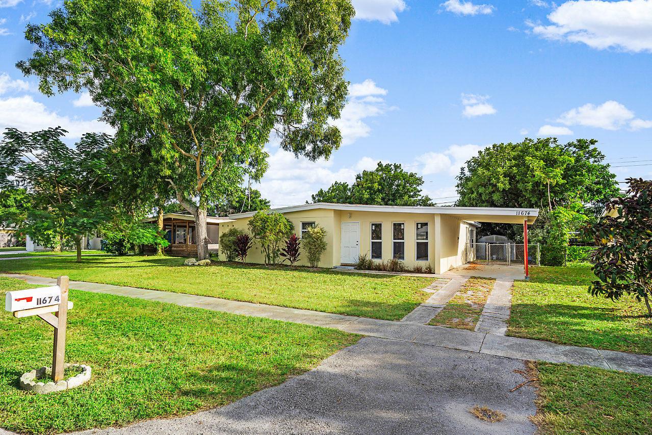 Photo of 11674 Balsam Drive, Royal Palm Beach, FL 33411