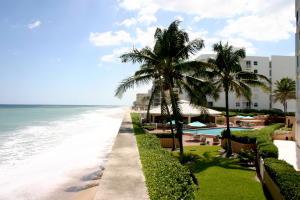 3590 S Ocean Boulevard, 504, South Palm Beach, FL 33480