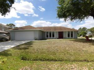 1142 SW Granadeer Street, Port Saint Lucie, FL 34986
