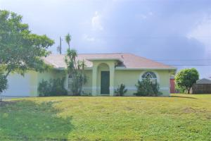 4672 SW Bachelor Street, Port Saint Lucie, FL 34953