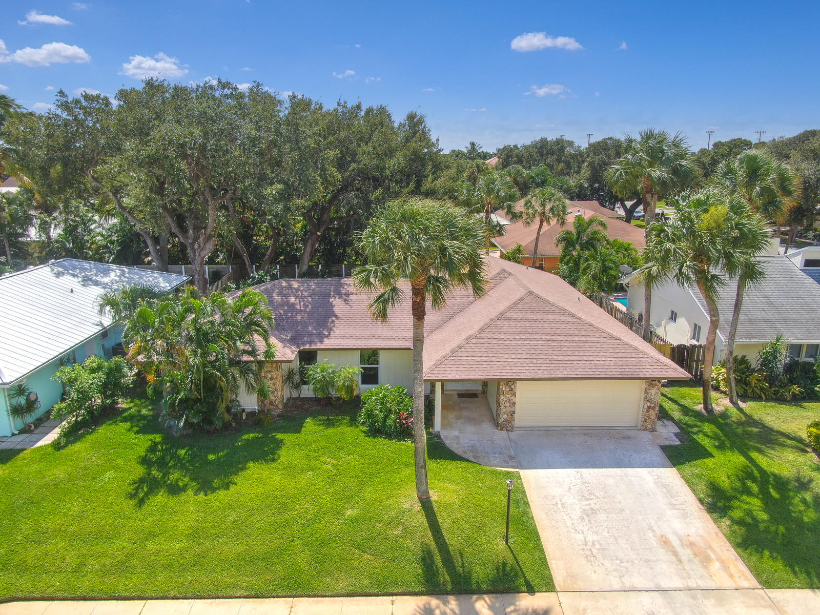 Photo of 2562 Pepperwood Circle, North Palm Beach, FL 33410