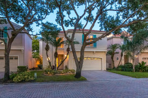 39 Via Verona, Palm Beach Gardens, FL 33418