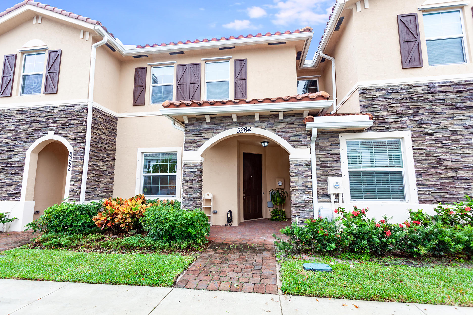 Home for sale in CHARLESTON COMMONS 2 West Palm Beach Florida