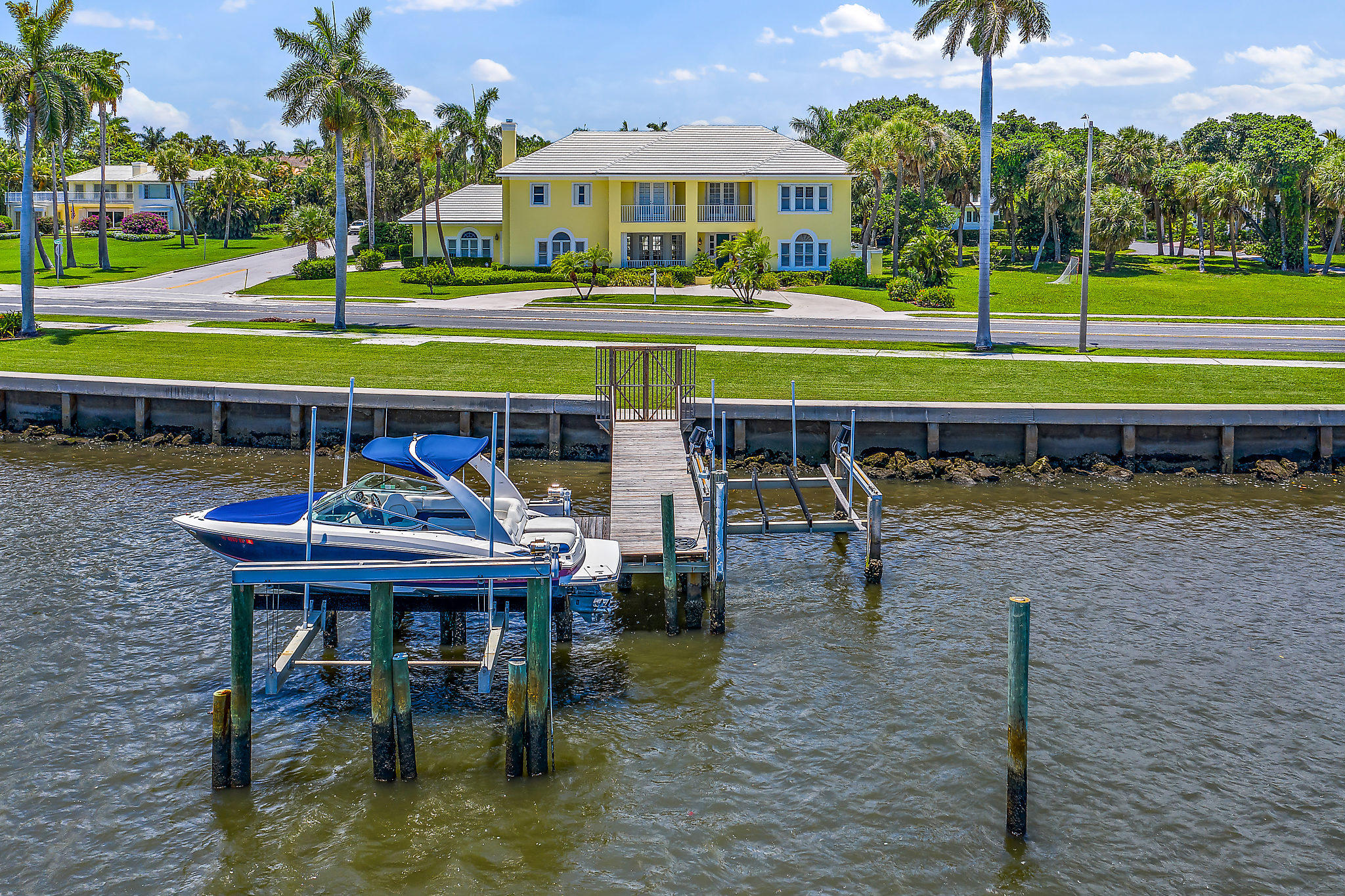 4717 Flagler Drive, West Palm Beach, Florida 33405, 5 Bedrooms Bedrooms, ,4.1 BathroomsBathrooms,Single Family,For Rent,Flagler,1,RX-10575206