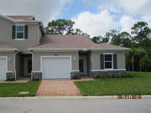 684 NE Waters Edge Lane, Port Saint Lucie, FL 34983