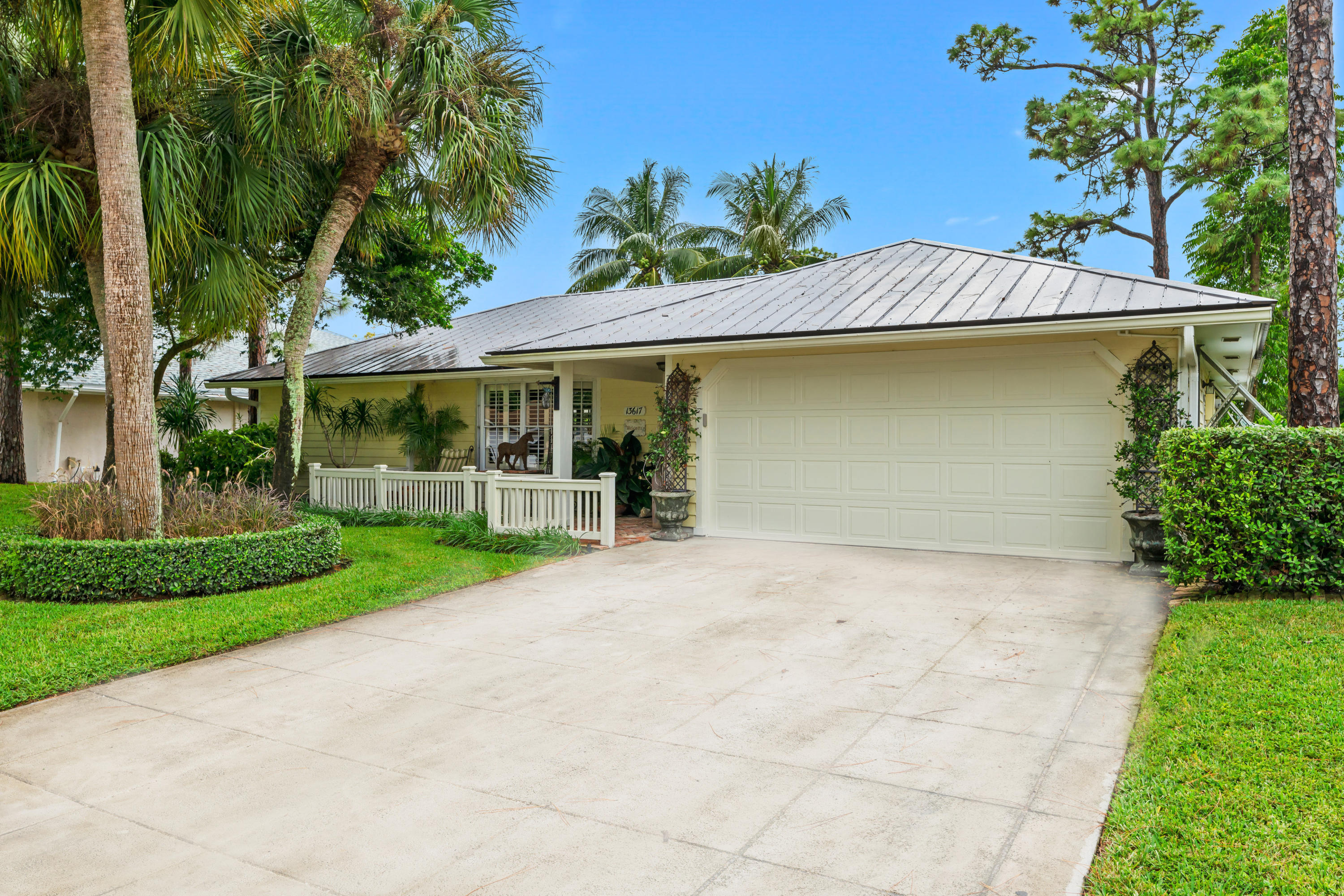 Photo of 13617 Exotica Lane, Wellington, FL 33414