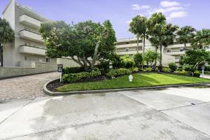 16910 Bay Street, E505, Jupiter, FL 33477