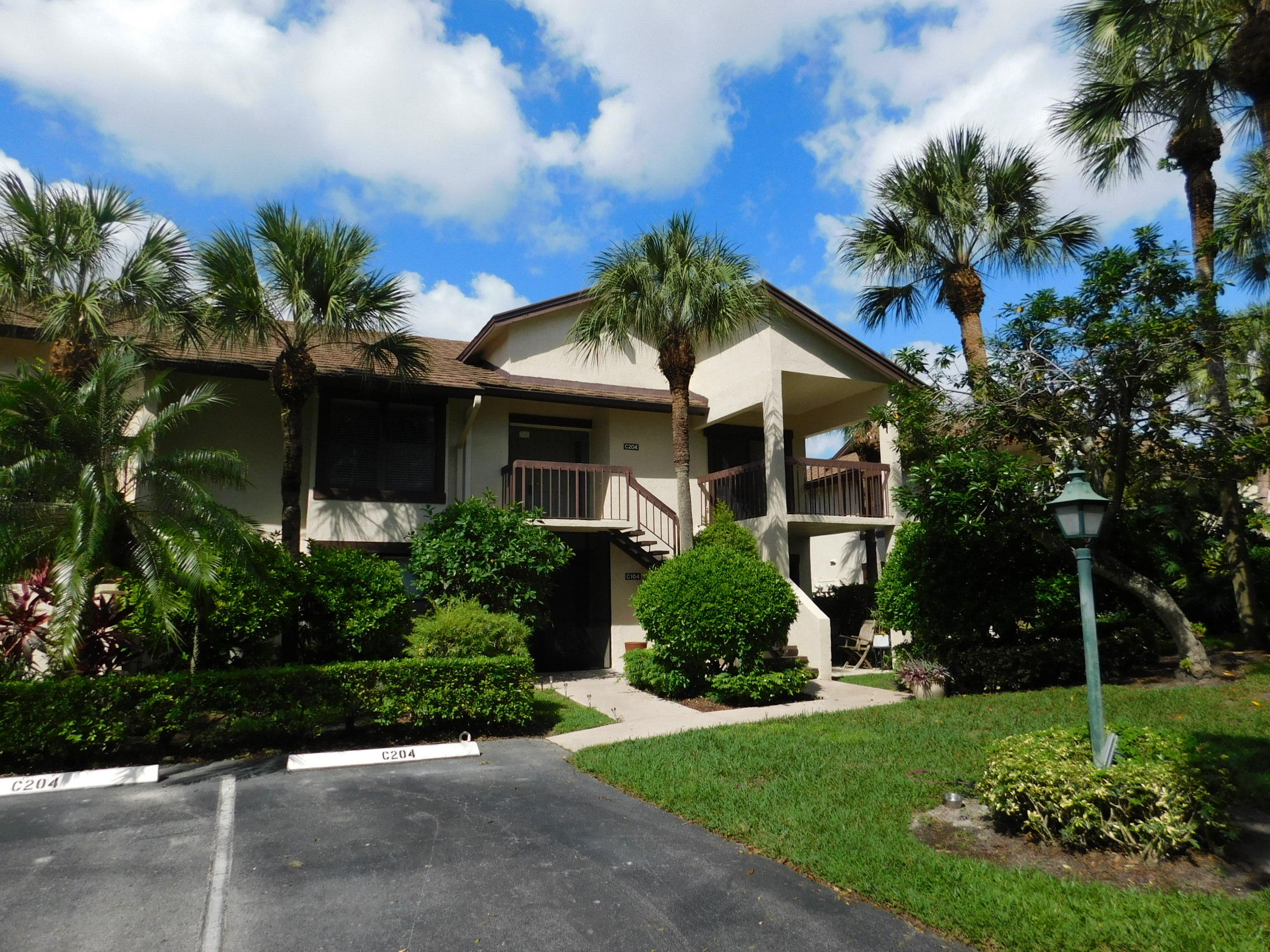 Located in gated Palm Beach Polo and Country Club, this three bedroom, three full bath unit has three private terraces. Second floor unit (no elevator) overlooking green space, some updated appliances, new roof in 2017. Quick close in time for upcoming season.