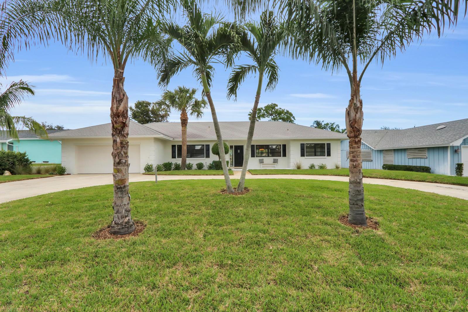 Photo of 8936 SE Bahama Circle, Hobe Sound, FL 33455