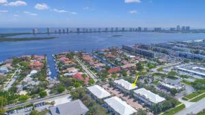 214 Mariner Court, North Palm Beach, FL 33408