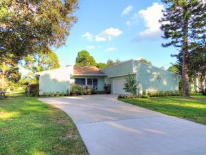 5610 Palm Drive, Fort Pierce, FL 34982