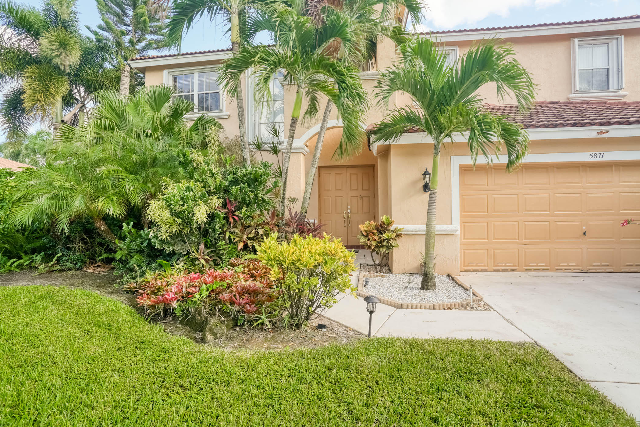 Photo of 5871 La Gorce Circle, Lake Worth, FL 33463