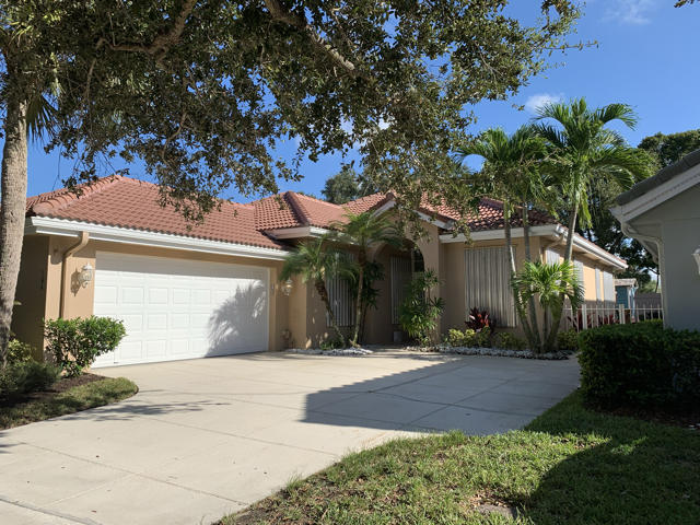 Photo of 194 Hampton Place, Jupiter, FL 33458
