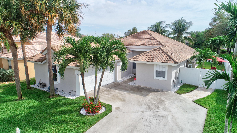 26 Valencia Drive  Boynton Beach FL 33436