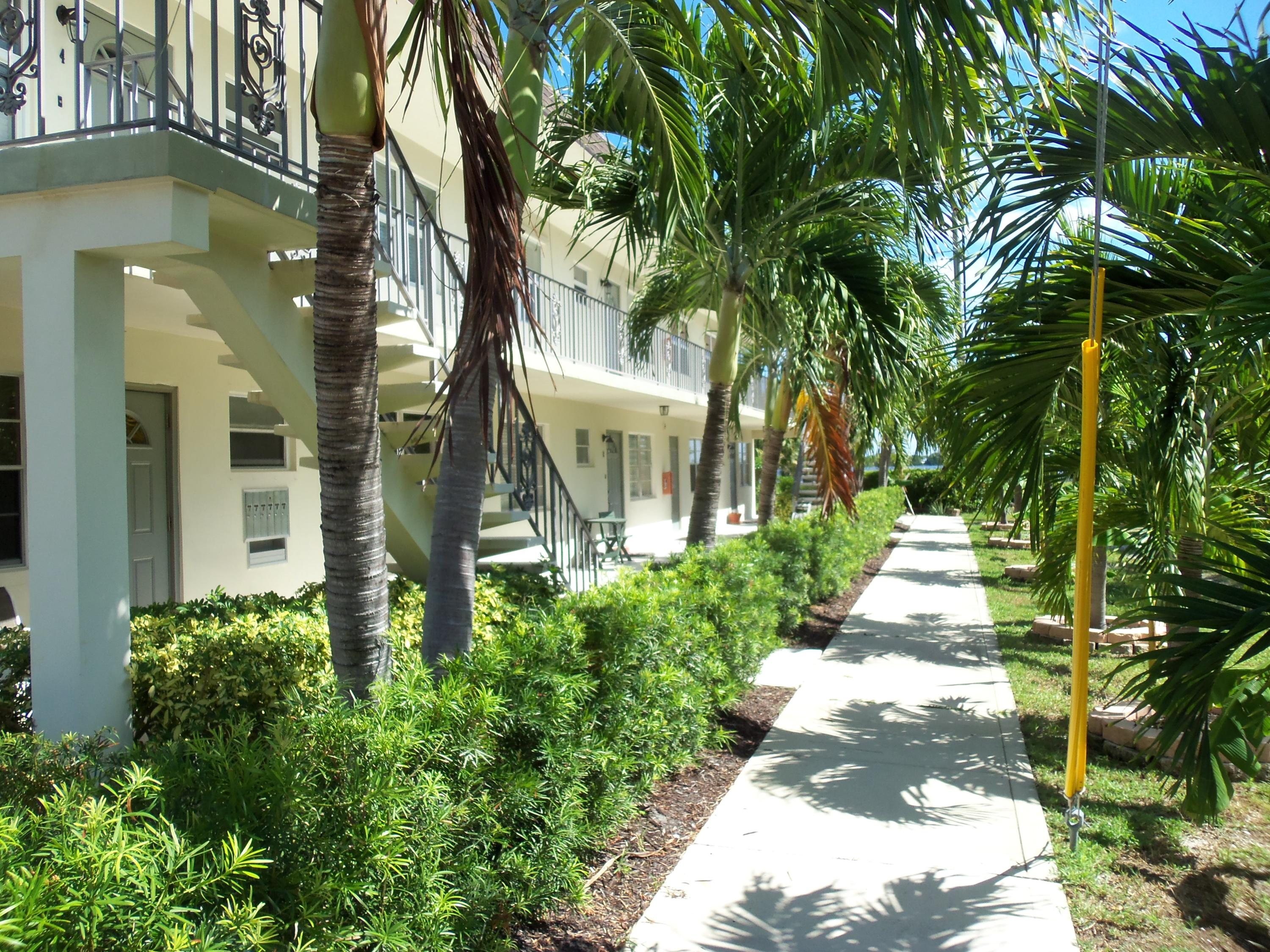 230 Lakeside Drive, Lake Worth Beach, Florida 33460, 2 Bedrooms Bedrooms, ,2 BathroomsBathrooms,Residential,for Sale,Lakeside,RX-10571700, , , ,for Sale