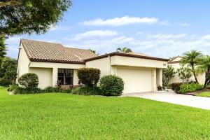 5674 Kiowa Circle, Boynton Beach, FL 33437
