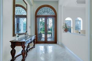 653 Hermitage Circle, Palm Beach Gardens, FL 33410