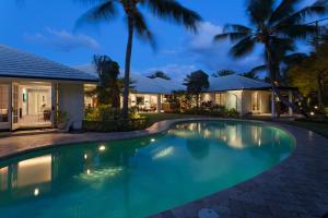 70 Curlew Road, Manalapan, FL 33462