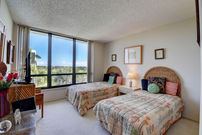 6895 Willow Wood Drive, Boca Raton, Florida 33434, 2 Bedrooms Bedrooms, ,2 BathroomsBathrooms,Residential,for Sale,BOCA WEST,Willow Wood,RX-10571736, , , ,for Sale