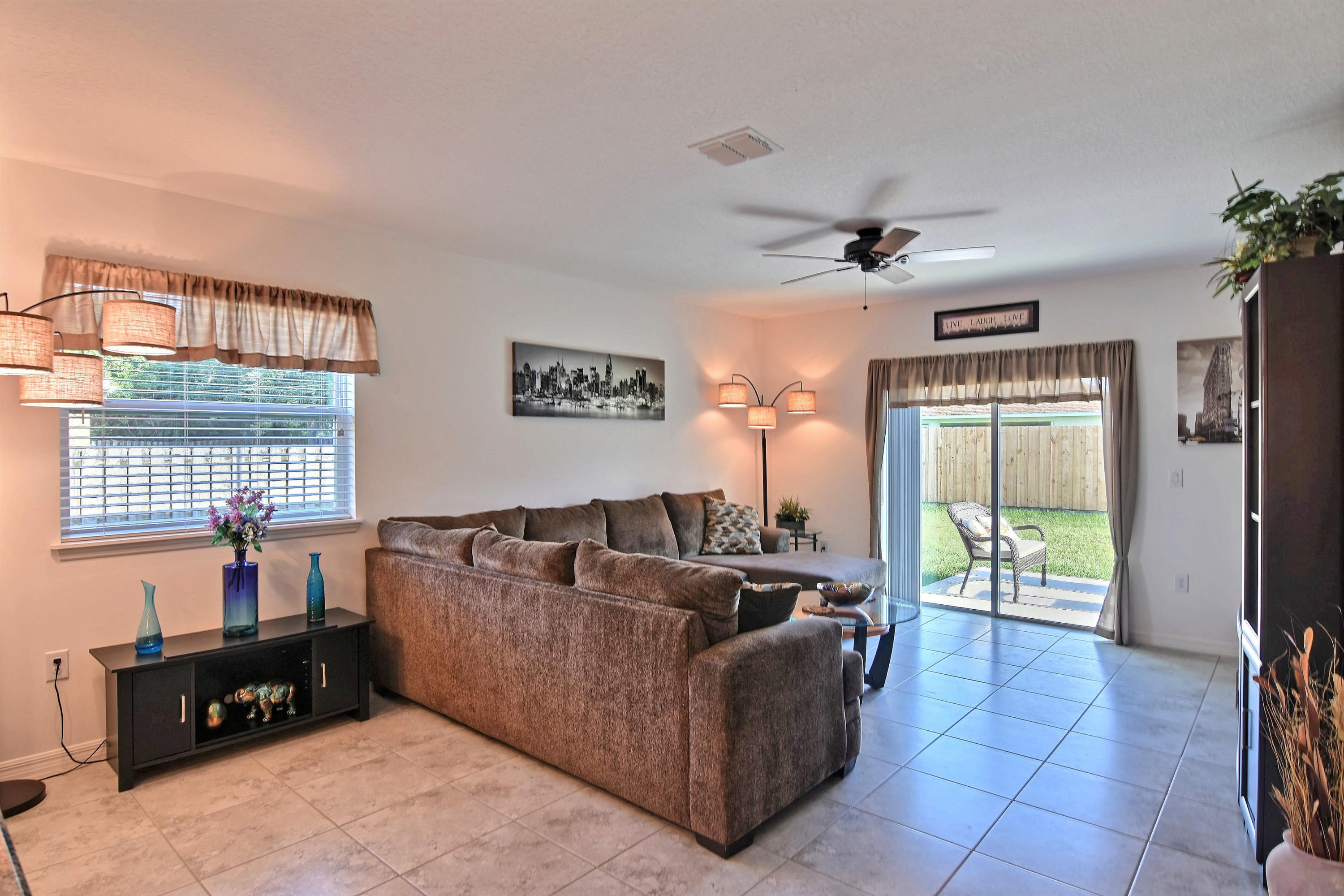 774 Mccullough Avenue, Port Saint Lucie, Florida 34953, 4 Bedrooms Bedrooms, ,2 BathroomsBathrooms,Residential,for Sale,PSL,Mccullough,RX-10571628, , , ,for Sale