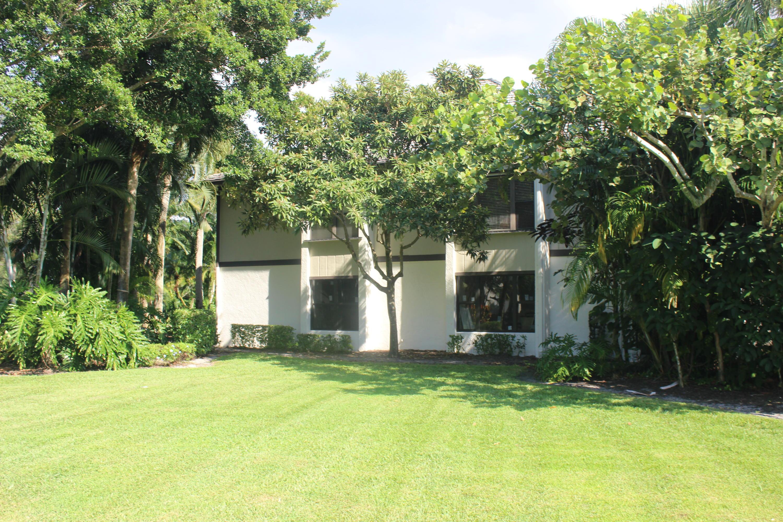 13230 Polo Club Road, Wellington, Florida 33414, 3 Bedrooms Bedrooms, ,3 BathroomsBathrooms,Residential,for Sale,Palm Beach Polo,Polo Club,RX-10571664, , , ,for Sale