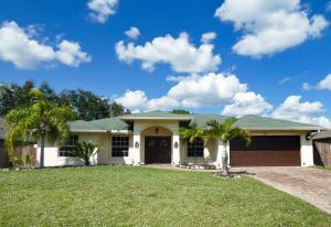 673 SW Kayak Avenue, Port Saint Lucie, FL 34953