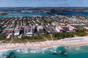 145 Ocean Avenue, 212, Palm Beach Shores, FL 33404