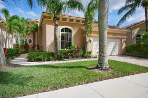 124 Andalusia Way, Palm Beach Gardens, FL 33418