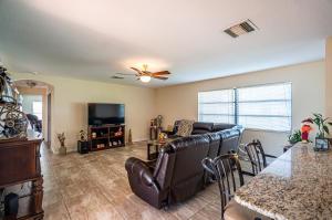 1301 Nw 8th Court Boynton Beach FL 33426