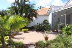 5742 Nw 21st Avenue Boca Raton FL 33496