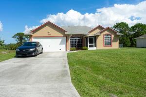 296 SW Ridgecrest Drive, Port Saint Lucie, FL 34953