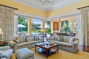Family Room-Porch
