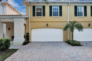 8 Laurel Oaks Circle, Tequesta, FL 33469