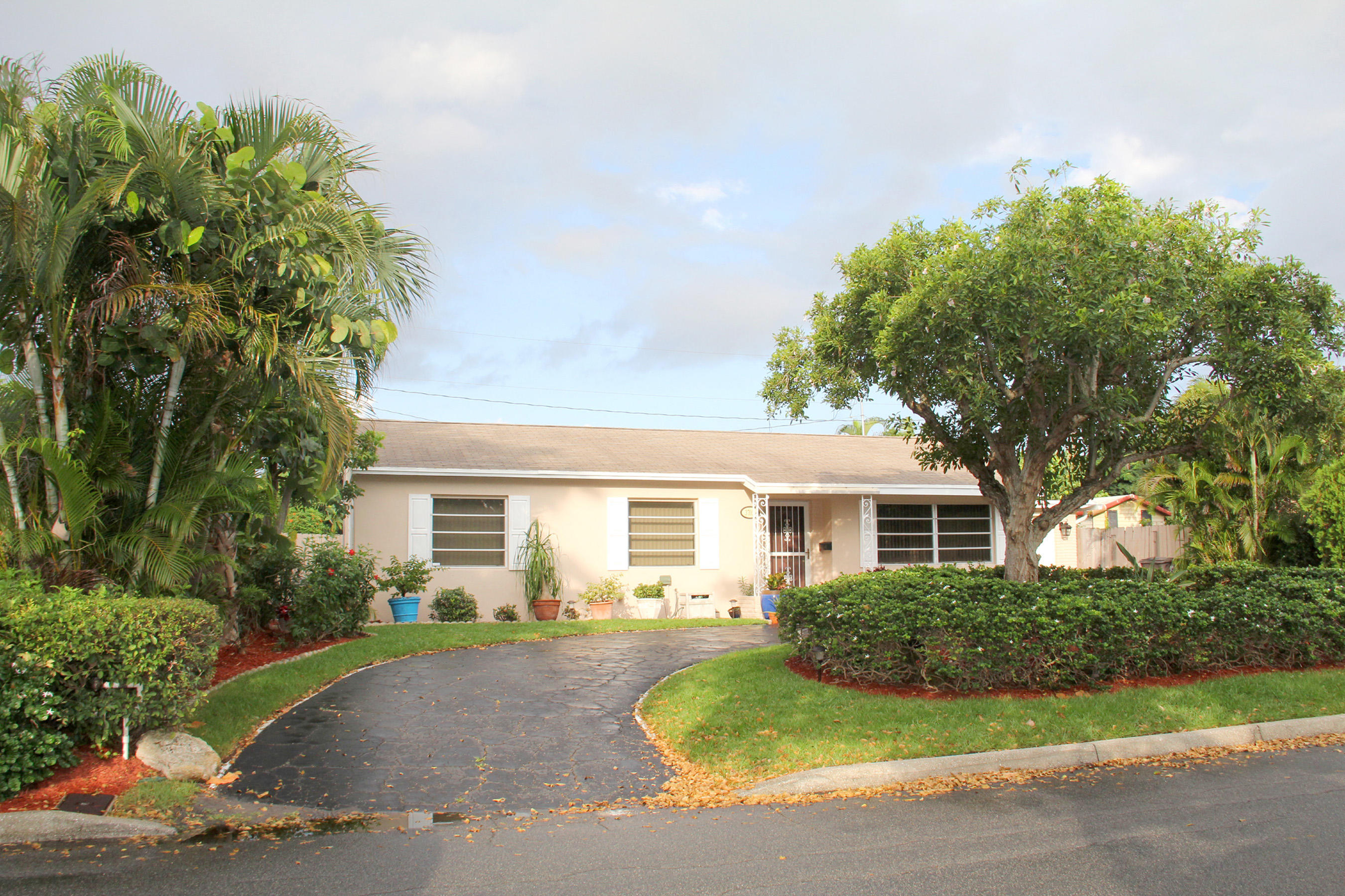 Photo of 3705 Paseo Andalusia, West Palm Beach, FL 33405