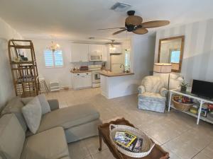 19125 SE Homewood Avenue, Tequesta, FL 33469