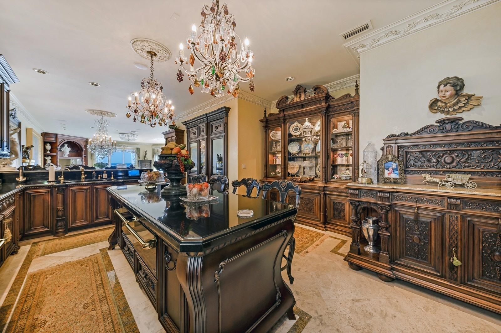Highland Beach, Florida 33487, 6 Bedrooms Bedrooms, ,6 BathroomsBathrooms,Residential,For Sale,Ocean,RX-10576538