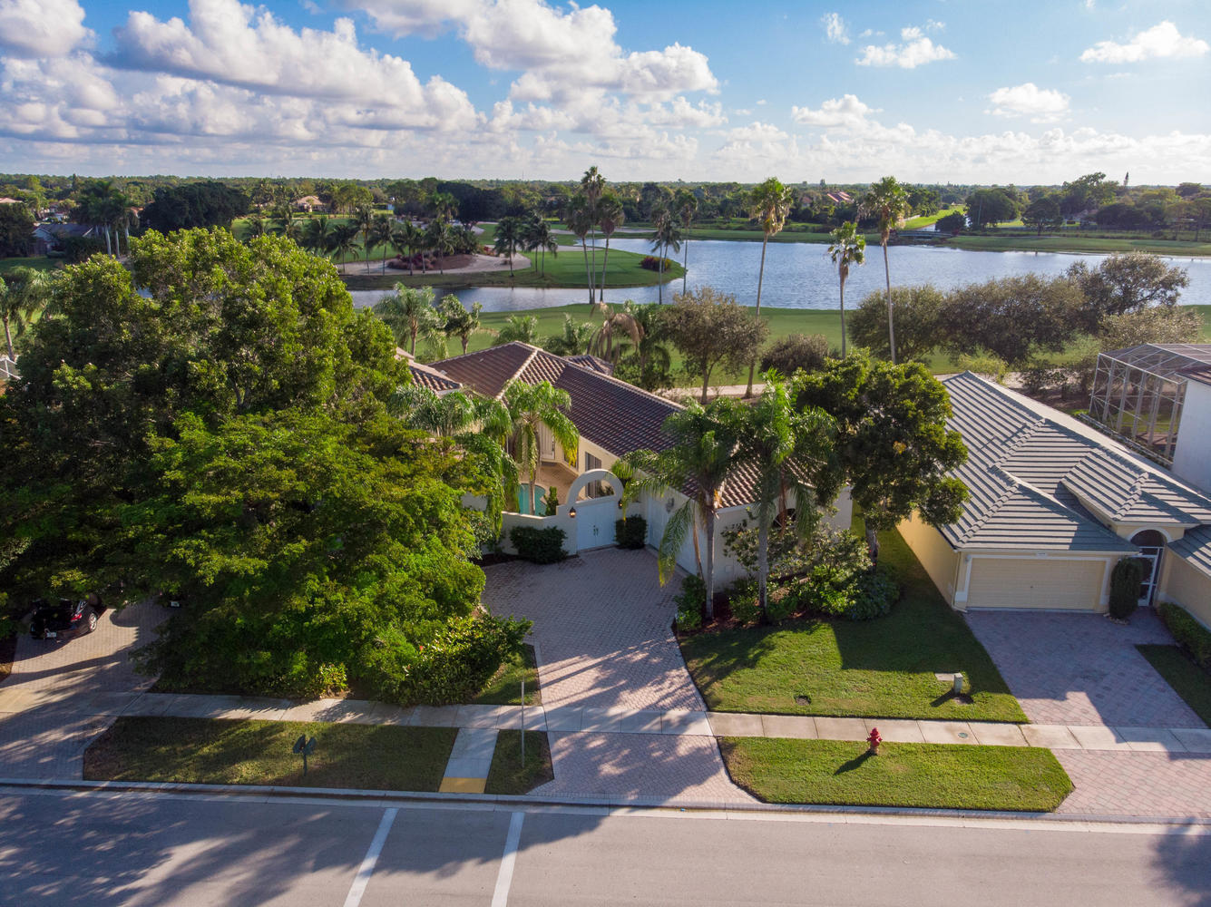 2110 Country Golf Drive, Wellington, Florida 33414, 3 Bedrooms Bedrooms, ,2 BathroomsBathrooms,Single Family,For Rent,Lakefield South,Country Golf,RX-10573270