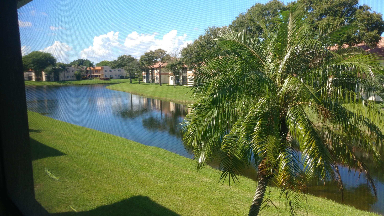 15451  Pembridge Drive 223 For Sale 10573246, FL