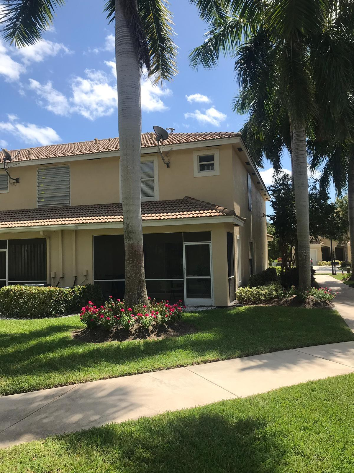 BEAUTIFUL 3BR/2BA CORNER UNIT IN DESIRABLE TOWNE PLACE .  RENTED UNTIL 12/15/2019, PLEASE DO NOT DISTURB RESIDENTS.