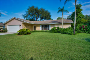 46 Chapel Court, Tequesta, FL 33469