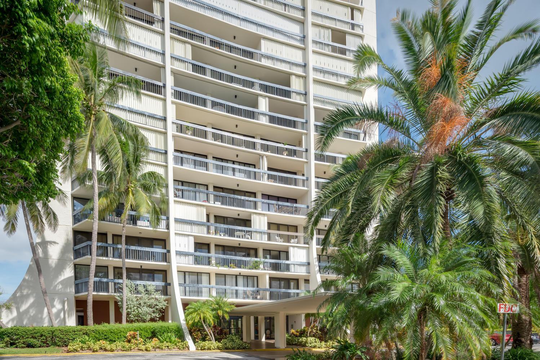 2400 Presidential Way 1606, West Palm Beach, FL 33401